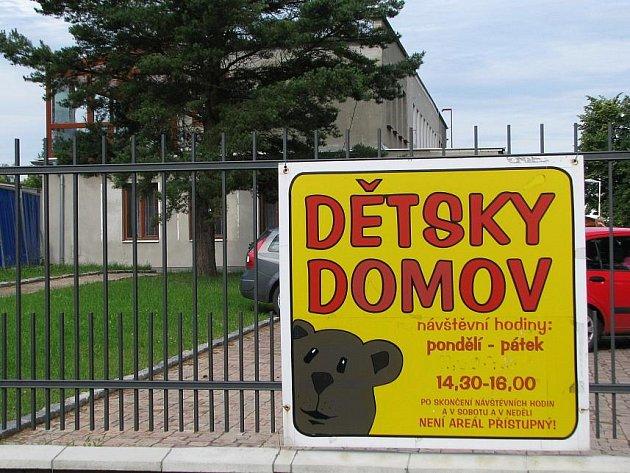 Výstavba nového areálu Dětského domova v Rozdělově.