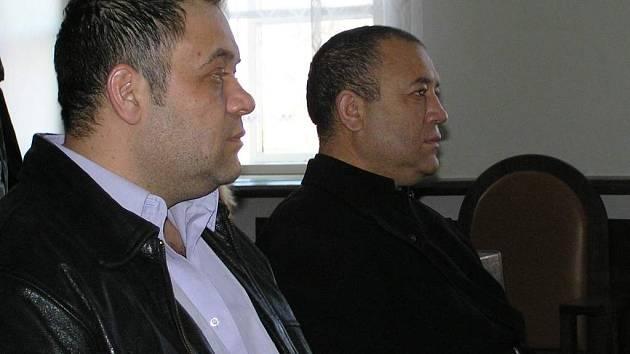 Bratři Olahové znovu stanuli před soudem.