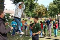 Opičí dráha, chůze po laně byla pro mnohé děti velkým lákadlem.