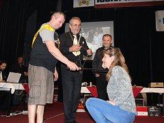 Vítězkou 35. Národního mistrovství krušovického pivovaru v lóře se stala Jana Dvořáková, soutěž týmů ovládli Čtyři pod nulou.