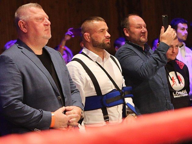 Galavečer boxu vKladně sledovali také Carlos Vémola a Ivo Rittig