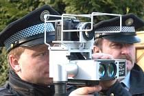 Zatím nejvyšší  rychlostní rekord v ulicích Kladna strážníci zaznamenali loni v říjnu v ulici Jaroslava Kociána. Řidič tudy projel rychlostí 140 kilometrů v hodině.