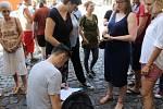 Zaměstnanci kladenského divadla odmítají odvolání jednatele, brání se peticí.