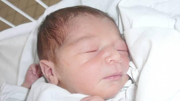 Gabriela Nádvorníková, Kladno. Narodila se 5. prosince 2015. Váha 3 kg, míra 49 cm. Rodiče jsou Eva Karchňáková a Michal Nádvorník (porodnice Kladno).