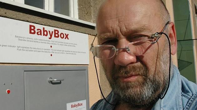 Ludvík Hess, zakladatel babyboxů  v Čechách pochází z Kladna