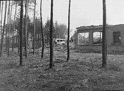 Bomby zasáhly i areál dnešního ČSAD.
