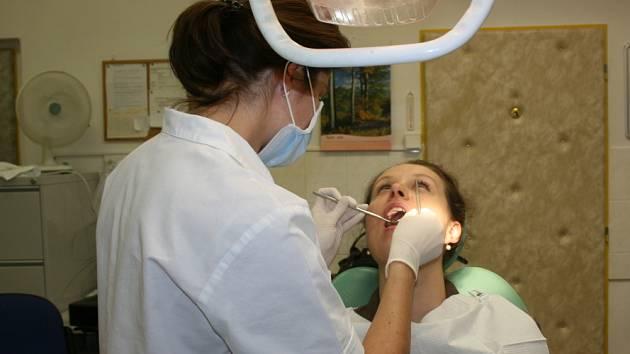V Mladé Boleslavi otvřeli zubní pohotovost v sobotu. V Kladně by měla být zprovozněna  ještě do konce letošního roku.