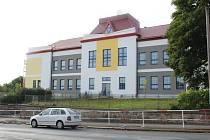 Rekonstrukce školy Kamenné Žehrovice.