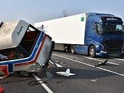 Smrtená nehoda na I/7 z Loun do Slaného u Hořešovic
