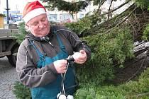 Kladno, zdobení vánočního stromu2009