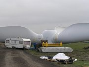 Větrné elektrárny u Pcher.