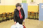 Tradičně se ve volební místnosti proměnily také třídy kladenské průmyslové školy Jana Palacha.