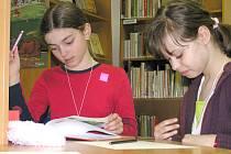Především mezi dětmi už dlouho vedou žebříček čtenosti knihy ze série o čarodějnickém učni Harrym Potterovi.