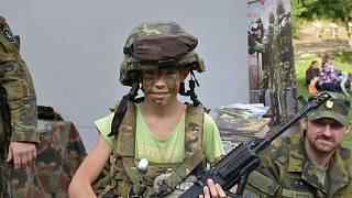 Nás armáda seznamovací služba