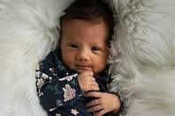 ANNA NAVAROVÁ, KOLEČ. Narodila se 28. dubna 2019. Po porodu vážila 3,08 kg a měřila 49 cm. Rodiče jsou Tereza Hojsáková a David Navara. (porodnice Slaný)