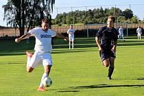 Turnaj na Braškově vyhráli domácí (v bílém), útočník Jaroš dával góly