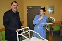 Starosta Slaného navštívil v porodnici první novoroční miminko.