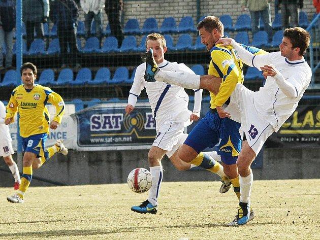 SK Kladno - Tescoma Zlín  2:0 (1:0) , utkání 16.k. 2. ligy 2010/11, hráno 6.3.2011