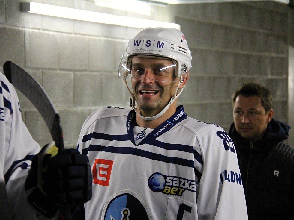 Frýdek-Místek hostil poprvé v historii hokejové Kladno. Nastupuje Jiří Burger, nedaleko v Ostravě odehrál drtivou část kariéry.