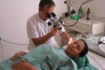 Kvůli nádorovému onemocnění hlavy a krku se budou moci pacienti nechat od září preventivně vyšetřit na oddělení ORL kladenské nemocnice.