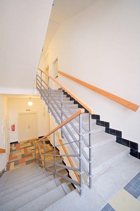 Slaný vytvořilo v budově bývalé Městské spořitelny ve Slaném sedm nových bytů.