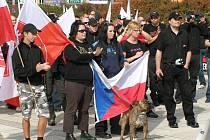 Radikálové opět prošli Kladnem.