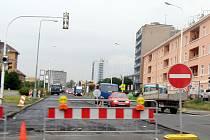 Jednostranná uzavírka ulice Cyrila Boudy v Kladně.