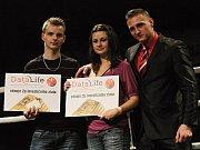 Dva klikaři Renata a Lukáš byli vylosování v soutěži sponsora firmy Datalife a získali po 2 gramech ryzího zlata ..., příjemné, že?