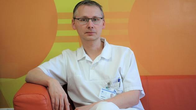 Kladenská porodnice má nového primáře. Je jím lékař Štěpán Urbánek s dvacetiletou praxí.