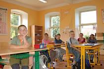 Třída plná dětí. To teď ve školách na Kladensku příliš často neuvidíte.