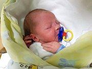 ANTONÍN LOMÍČEK, HRDÍV. Narodil se 19. prosince 2017. Po porodu vážil 3,02 kg a měřil 47 cm. Rodiče jsou Zuzana a Antonín Lomíčkovi. (porodnice Slaný)
