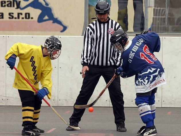 Mládežnickému hokejbalu v Kladně se daří čím dál tím víc.