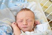 JINDŘICH DOKSANSKÝ, KLADNO. Narodil se 23. ledna 2018. Po porodu vážil 3,73 kg a měřil 51 cm. Rodiče jsou Tereza Doksanská a Martin Doksanský. (porodnice Kladno)