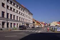 Proti Městskému centru Grand ve Slaném by měl vyrůst parkovací dům třetího tisíciletí