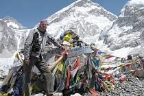 Petr Soukal v základním táboře pod Mt. Everestem.