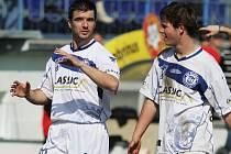 Lukáš Hajník a Jan Švambera // SK Kladno -1. FC Karlovy Vary  3:0 (1:0) , utkání 19.k. ČFL  2011/12, hráno 17.3.2012