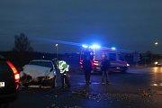 Nehoda ve středu v podvečer Na Čubě  u Slaného na křižovatce Slaný-Smečno-Hrdlív-Kvíc.