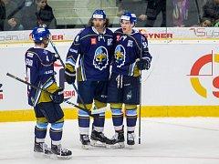 Adam Kubík (vpravo) s-lavil svoje góly i se slavným Jaromírem Jágrem.