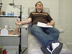 Studenti Střední odborné školy a Středního odborného učiliště v Kladně–Dubí dochází darovat krev  pravidelně  před koncem školního roku.