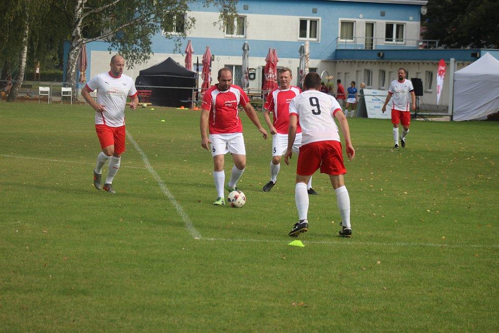 Soutěž se nakonec týkala čtyř družstev, která absolvovala celkově osm zápasů