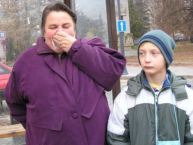 Horší rozptylové podmínky maji za následek, že se lidé častěji potýkají například s respiračními chorobami.
