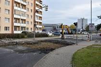 Výstavba kruhového objezdu v Kladně, který nahradí problematickou světelnou křižovatku ulic J. Čapka a Železničářů.
