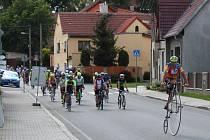 Úterní dojezd cyklistů do Družce.
