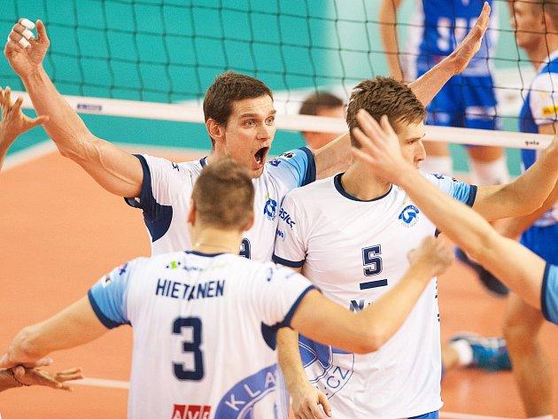 Ostrava - Kladno, hosté se radují z výhry 3:0. Hlavní hvězdou zápasu byl Hýský (čelem)