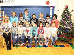 Prvňáčci ze Základní školy Libušín pod vedením třídní učitelky Petry Chocholové.