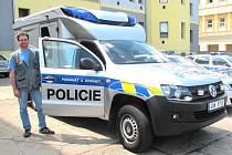 VOLKSWAGEN AMAROK policejních techniků a jeho vybavení představil Kladenskému deníku vedoucí oddělení Petr Sak.