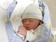 TOMÁŠ TOMEK, VELKÉ ČÍČOVICE. Narodil se 17. ledna 2018. Po porodu vážil 3,52 kg a měřil 51 cm. Rodiče jsou Jana a Zdeněk Tomkovi. (porodnice Slaný)
