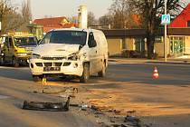 Dva automobily se srazily v Tuchlovicích. Záchranka odtud odvezla jednu osobu.