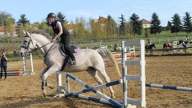 Hobby přebory na kolbišti Sportovní stáje Černuc v sobotu 14. října.