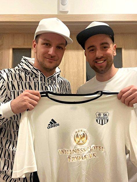 Tomáš Jablonský (vpravo) a Miroslav Novák sdresem SK Hřebeč.